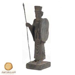 سرباز نیزه دار پارسی کوچک