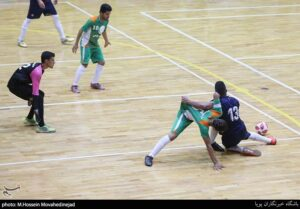 پویش صعود - بازی دوستانه تیم منتخب کودکان کار و ستارگان هنر ایران